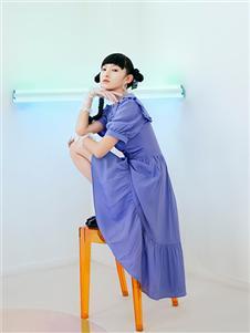 阿依莲21夏浪漫紫色连衣裙