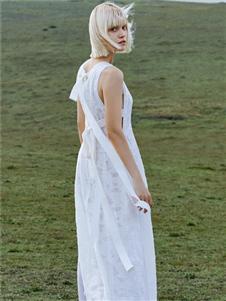 主提新款白色连衣裙