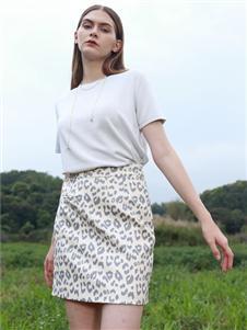 尼赫菲2021夏季新款豹纹短裙