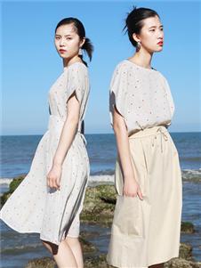樱语茉莉半身裙