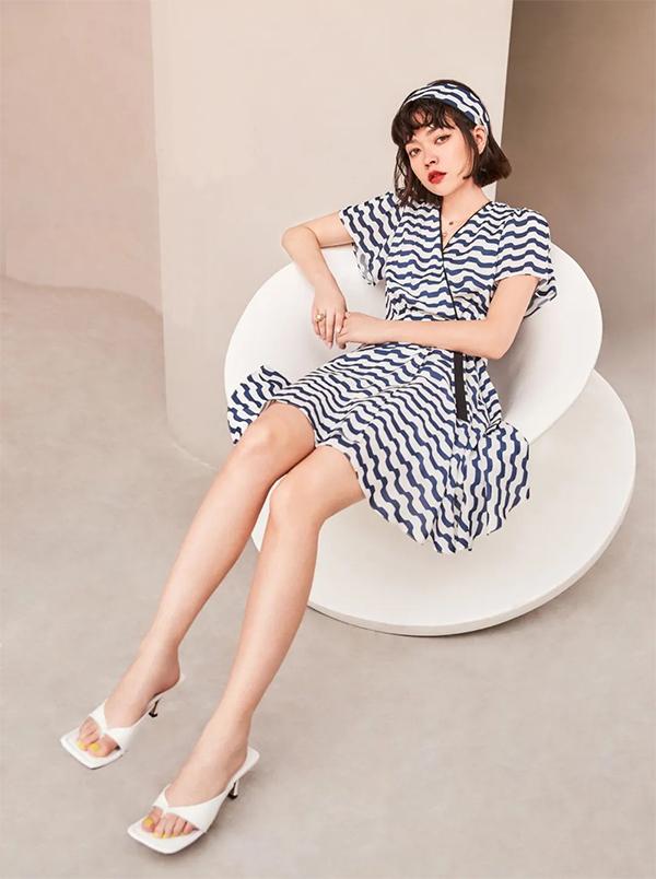 现代的美——TITI自在简练的时尚穿搭