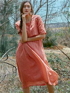 Wood plus+氏伽夏季新款连衣裙