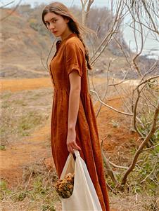 Wood plus+氏伽短袖连衣裙