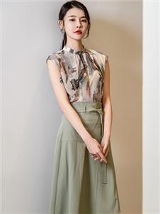 2021三弗国际时装夏装绿色半身裙