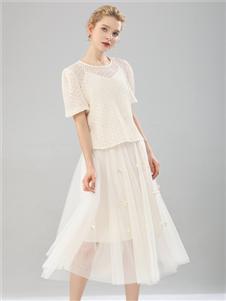 2021桔尚夏装白色连衣裙