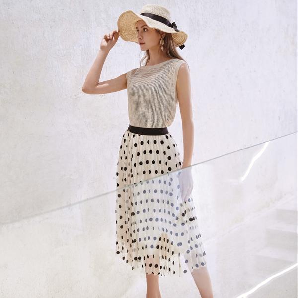 凡恩女裝的那些夏季的時尚輕熟穿搭