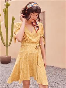 2021TITI夏装新款黄色连衣裙