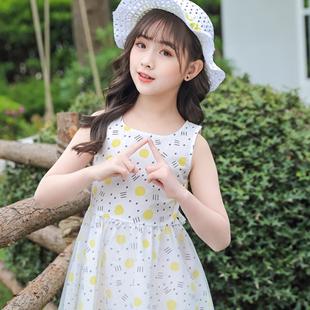 夏季连衣裙怎么穿搭?1+2=3童装新款穿搭时刻展示时尚魅力