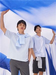 2021KIKC夏装蓝色T恤
