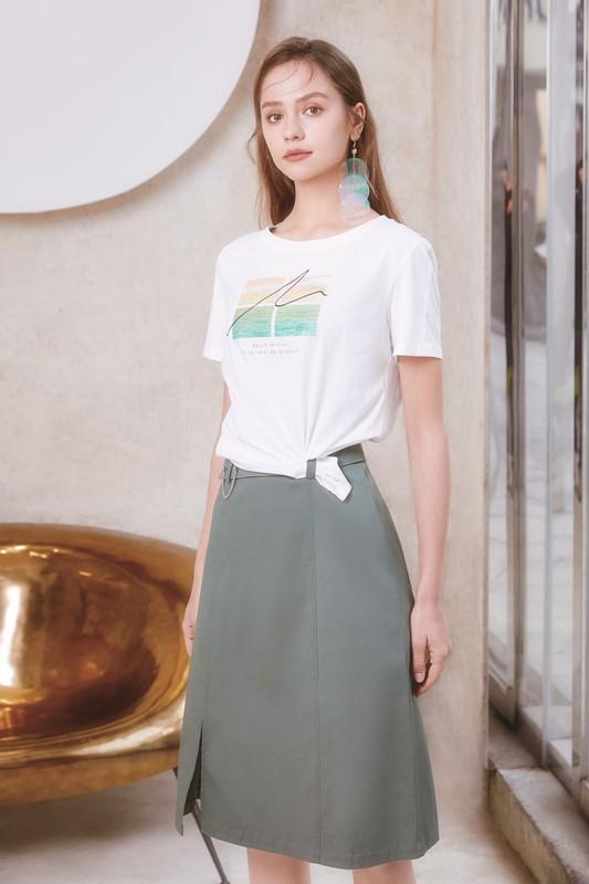 凡恩,为现代女人精心设计的精美时尚女装