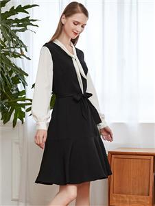 雁腾逸新款黑色连衣裙