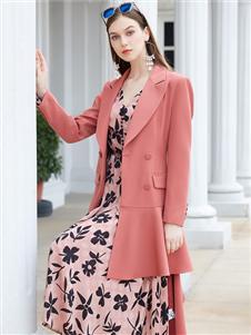 金蝶茜妮新款时尚风衣外套