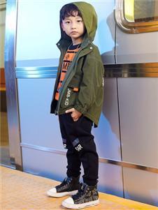 2021杰米熊秋装军绿色外套