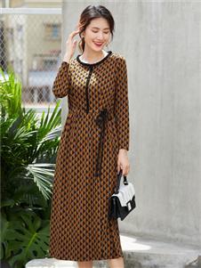 夢莎奴新款時尚連衣裙