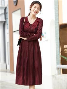 夢莎奴新款酒紅色連衣裙