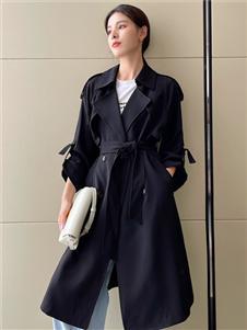 珂希莉新款黑色風衣
