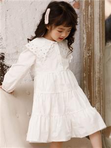 2021巴迪小虎秋冬白色連衣裙