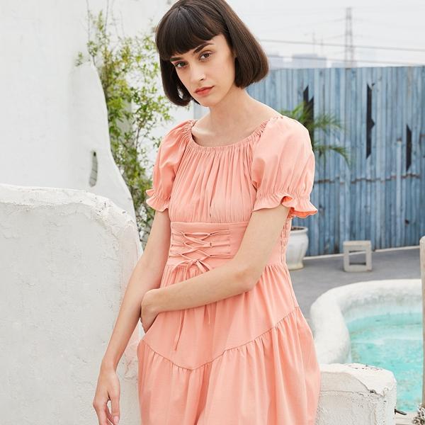開一家快時尚女裝怎么選擇品牌?曈行始終緊跟時尚潮流,不斷注入時尚新元素