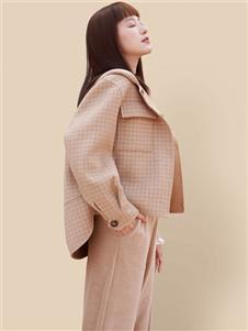 丽迪莎短款时尚大衣