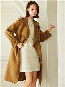 曼秀缤纷冬季新款大衣