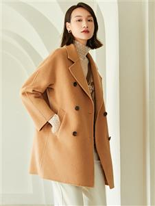 曼秀缤纷短款时尚呢大衣
