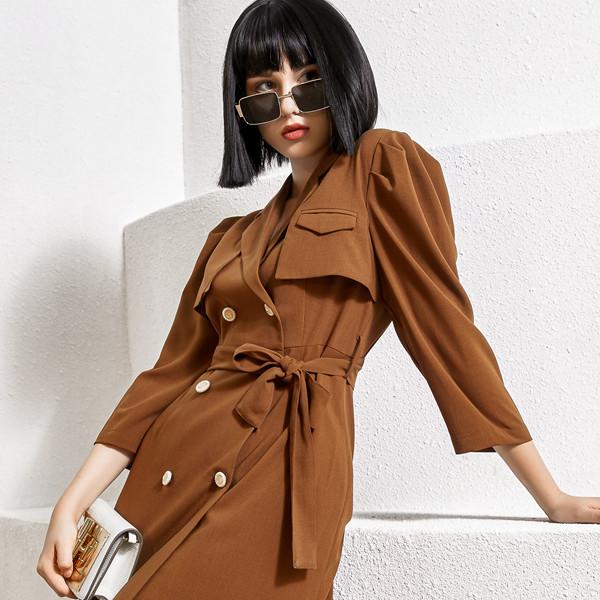 开女装加盟店怎么选择品牌呢?尼赫菲女装的轻奢、知性、欧美风格深受大众女性喜爱