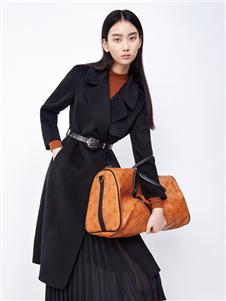 伊纳芙新款黑色大衣