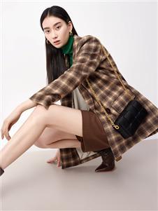 伊纳芙新款格子外套