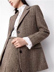 伊纳芙2021冬装新款大衣